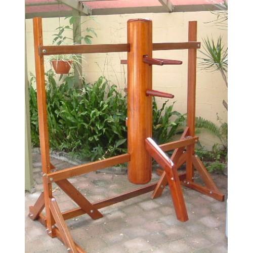 omino di legno (wooden dummy)